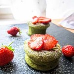Japanische Mini-Matcha-Cheesecakes