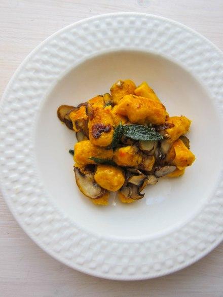 Kürbisgnocchi mit Pilzen